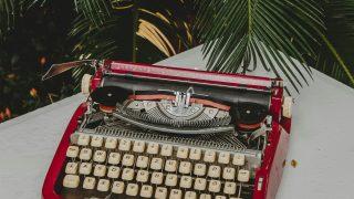 5 увлекательных книг, написанных журналистами-320x180