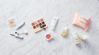 Что будет с кожей, если использовать просроченную косметику?