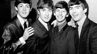 На канале The Beatles вышел клип на одну из самых известных песен-320x180