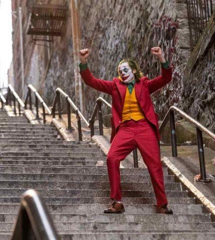 Хоакин Феникс – лучший Джокер в истории?-430x480