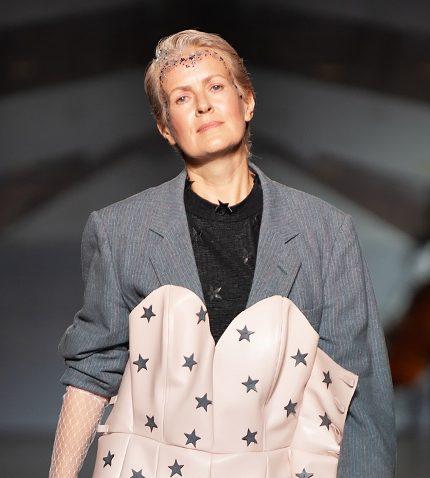 Рейв, звезды, провокация: самые яркие показы Ukrainian Fashion Week, день 1-430x480