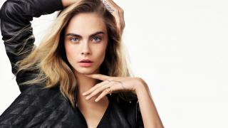Кара Делевинь стала лицом ювелирной коллекции Dior-320x180