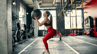 Почему девушкам не стоит бояться силовых тренировок?-320x180