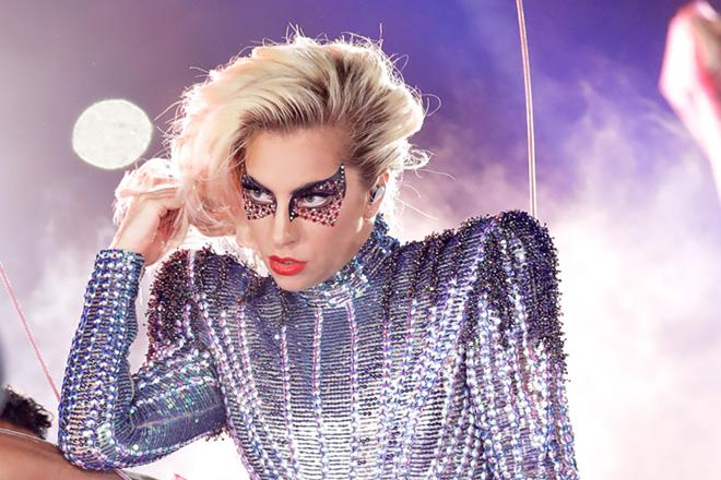 Леді Гага не припиняє дивувати: цікаві факти з біографії «зірки, що народилася»-Фото 4
