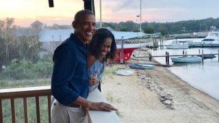 Барак и Мишель Обамы отпраздновали 27-ю годовщину свадьбы-320x180