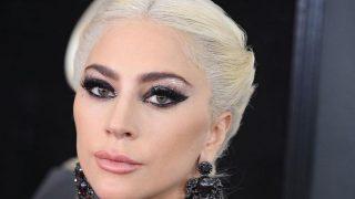 Леди Гага рассталась с бойфрендом-320x180