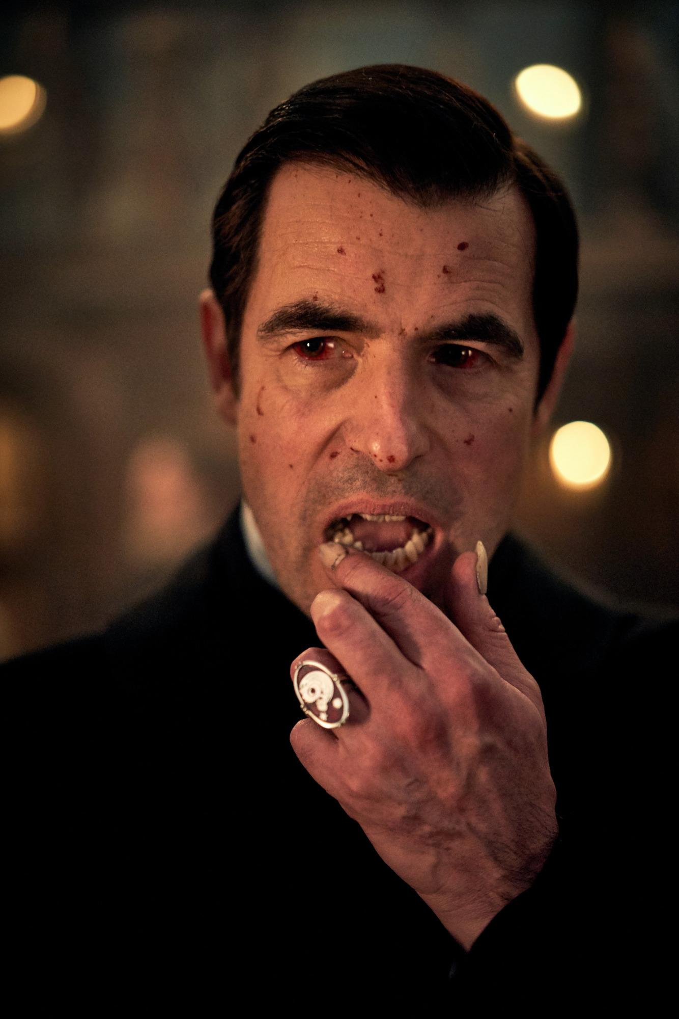 Вышел тизер сериала «Дракула» от создателей «Шерлока»-Фото 1