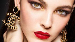 Сhanel представили новогоднюю коллекцию декоративной косметики-320x180
