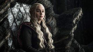 Эмилия Кларк рассказала о съемках обнаженной в «Игре престолов»-320x180