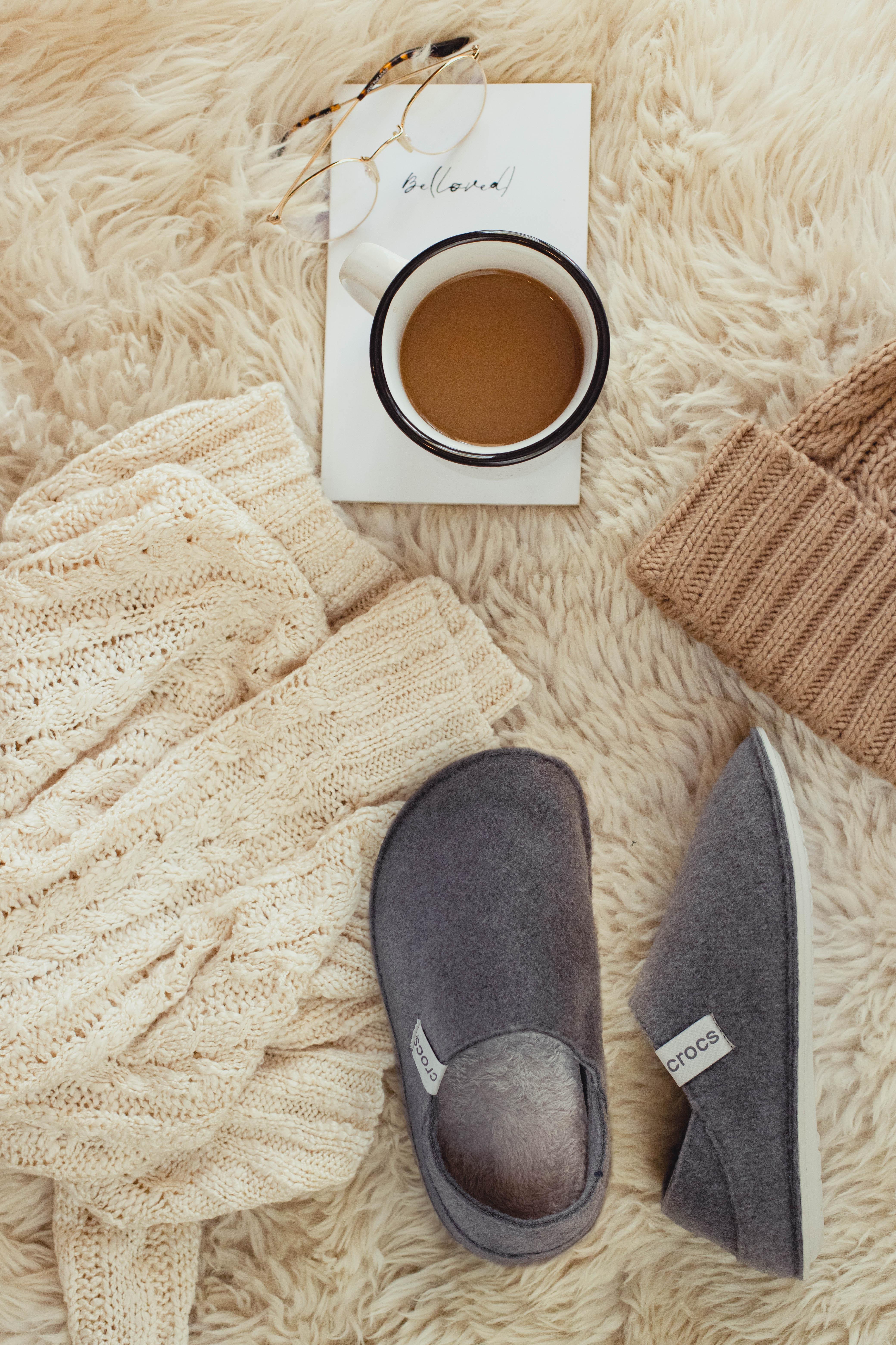 Утепляемся: тапочки Crocs для уютной зимы-Фото 1