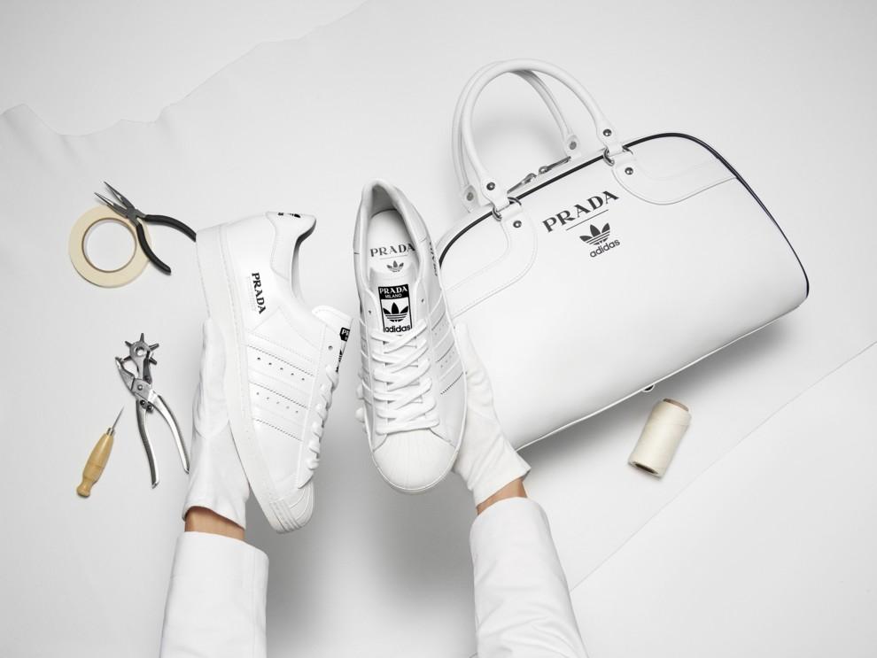 Какими стали первые вещи из коллаборации Adidas и Prada-Фото 1