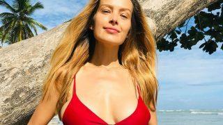 40-летняя супермодель Петра Немцова впервые стала мамой-320x180