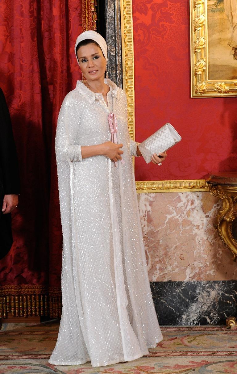 Шейха Моза: восточная сказка самодостаточной женщины-Фото 2