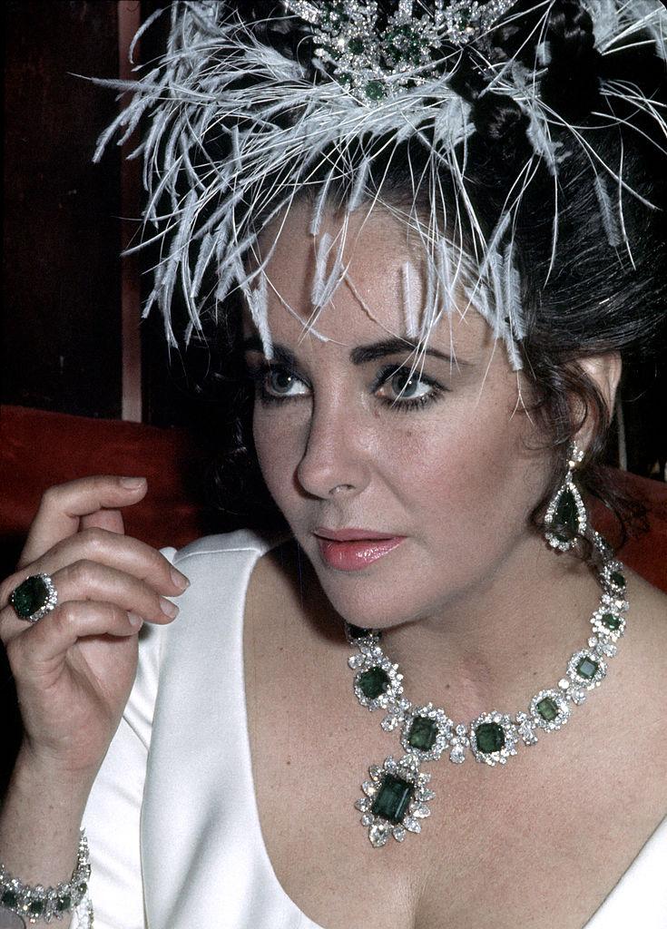 Почему Элизабет Тейлор называют королевой украшений?-Фото 1