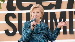 Хиллари Клинтон сочувствует Меган Маркл-320x180