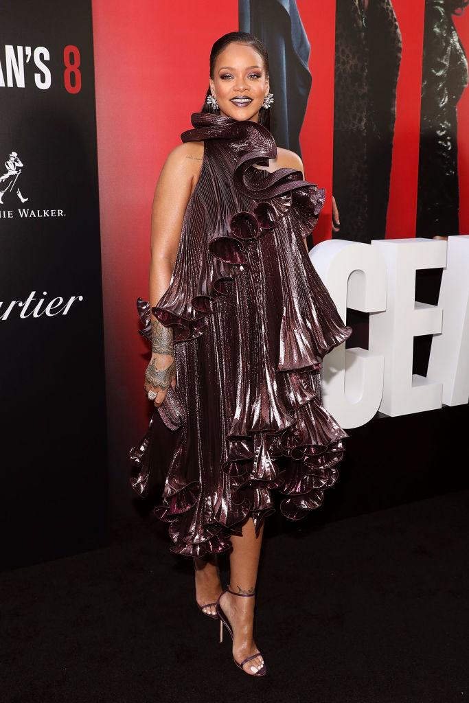 Королева кроссовок и «смуглая Мадонна»: интересные факты о Рианне-Фото 5