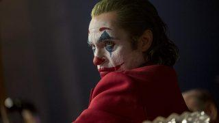 Хоакин Феникс готов сняться в сиквеле «Джокера»-320x180
