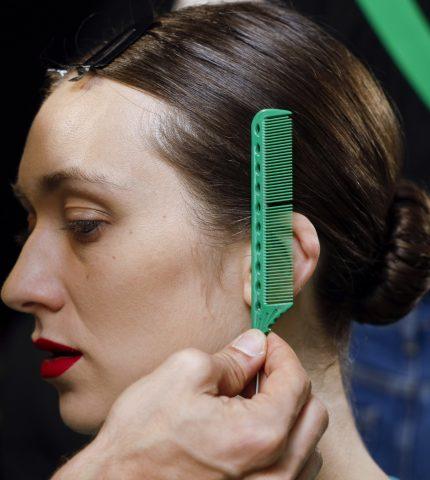 9 вопросов, которые нужно задать своему парикмахеру-430x480