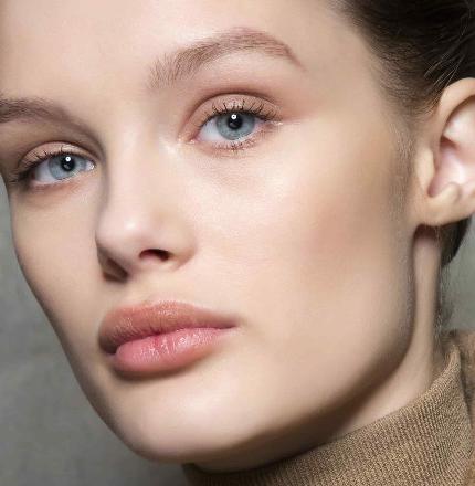 Правила «макияжа без макияжа»-430x480