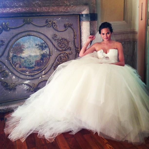 Лучшие звездные свадебные платья десятилетия-Фото 5