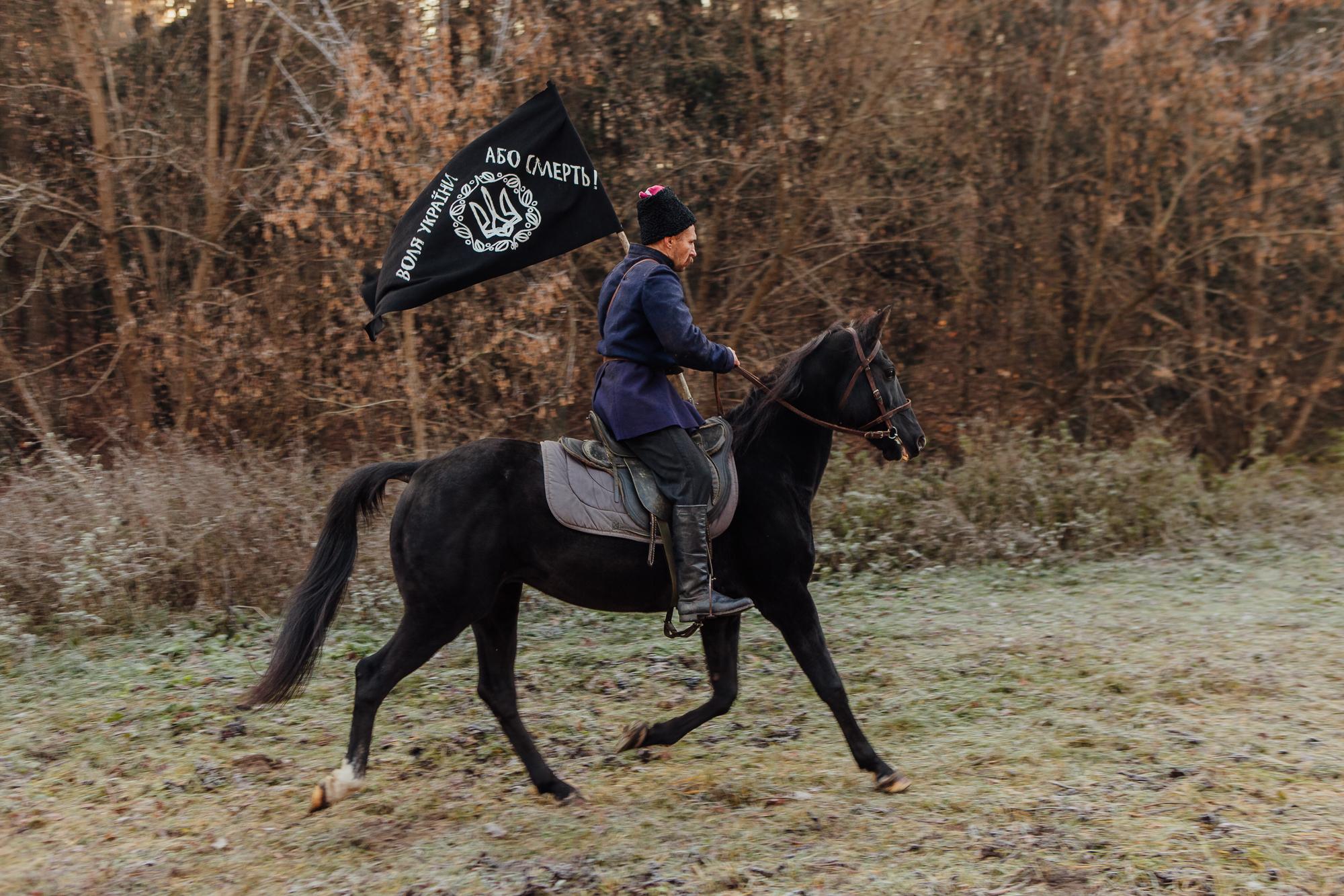 «Чорний ворон» — важливий, але не ідеальний український фільм-нагадування-Фото 3