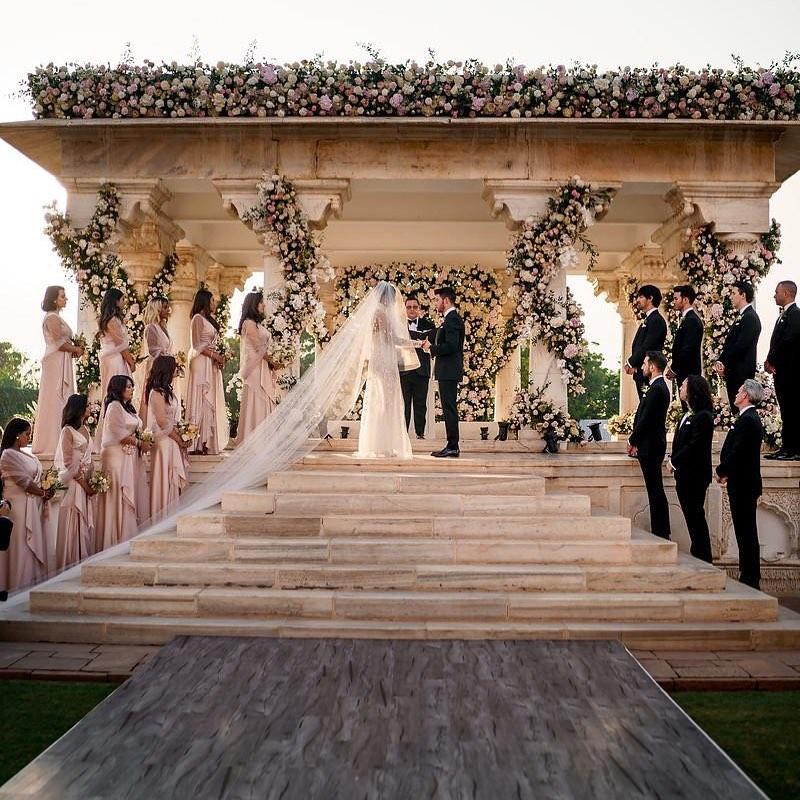 Ник Джонас и Приянка Чопра трогательно поздравили друг друга с годовщиной свадьбы-Фото 1