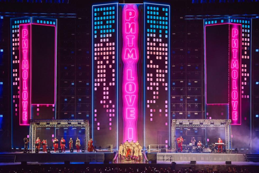 MONATIK выпусти видео масштабного стадионного шоу «LOVE IT ритм»-Фото 2