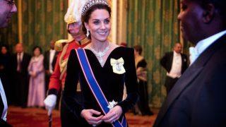 Кейт Миддлтон появилась в Букингемском дворце в тиаре принцессы Дианы-320x180