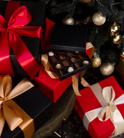 Подарки на Новый год для настоящих ценителей вкуса-430x480