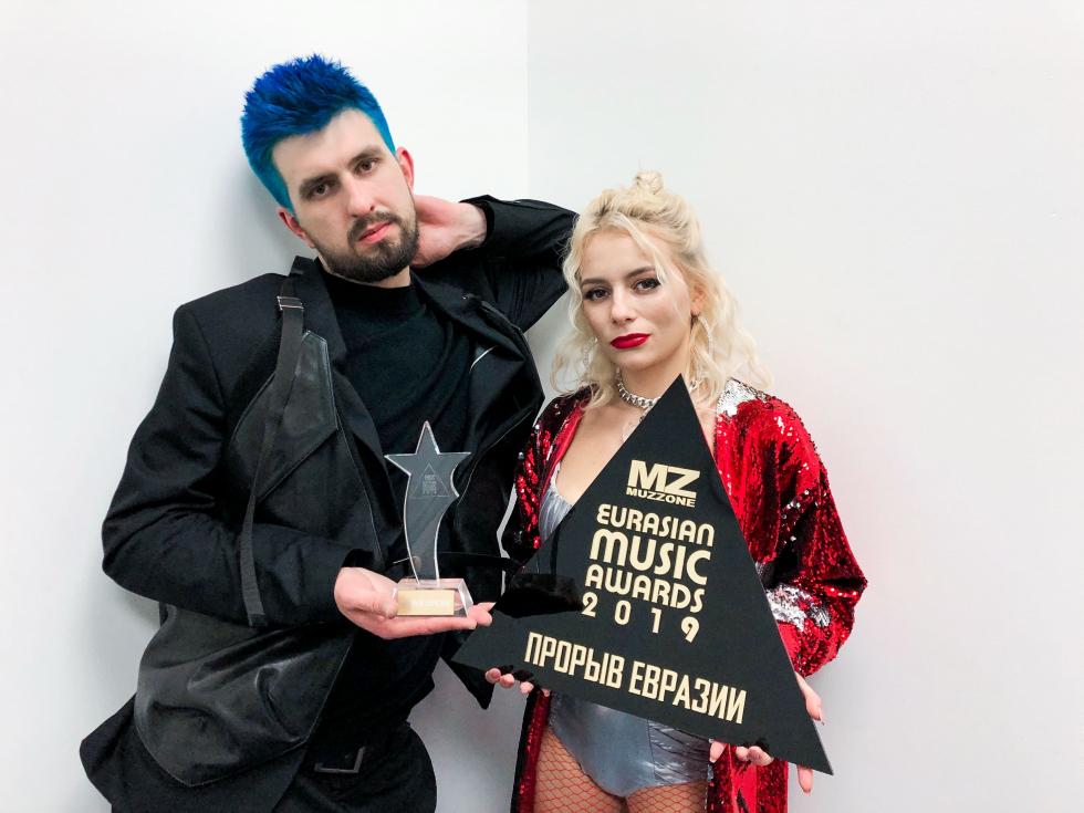 Украинская группа Бамбинтон получила премию Eurasian Music Awards-Фото 1