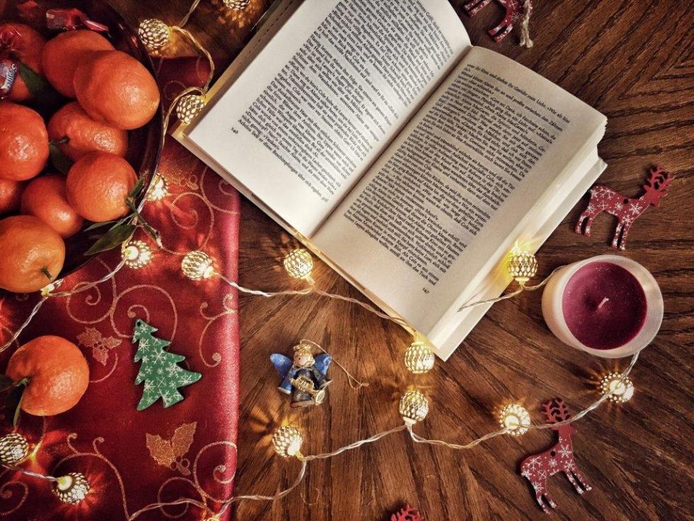 Праздничная атмосфера дома: как украсить квартиру к Новому году-Фото 1