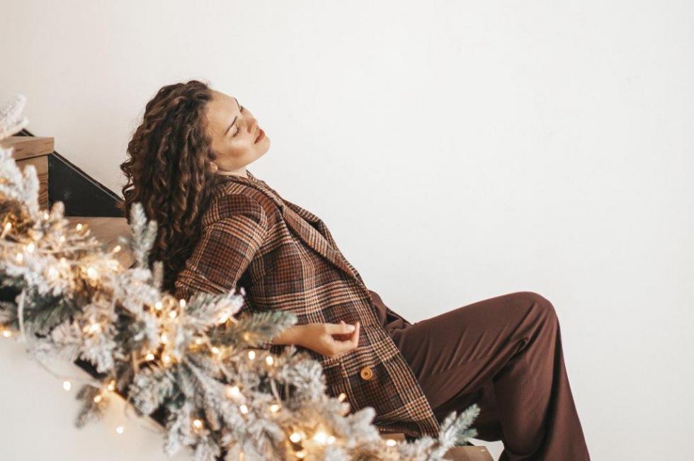 Праздничная атмосфера дома: как украсить квартиру к Новому году-Фото 7