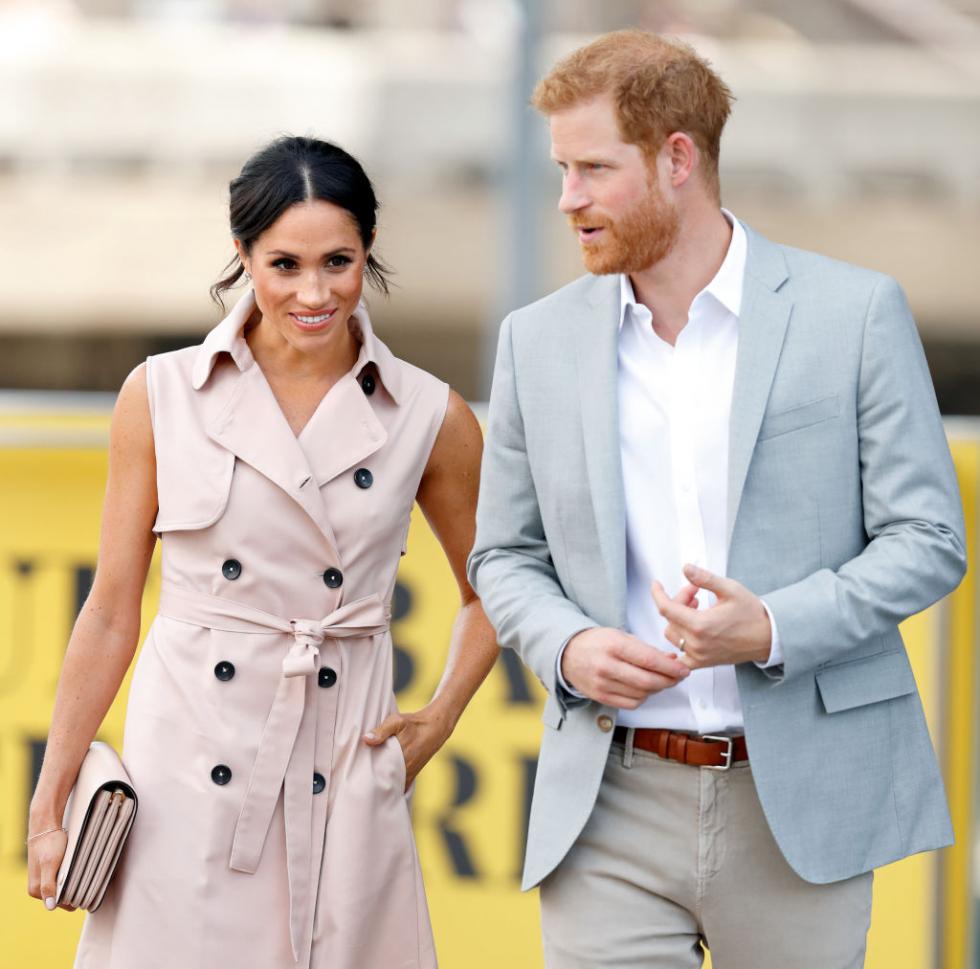 Что значит отказ Меган Маркл и принца Гарри от королевских обязанностей для их будущего?-Фото 2