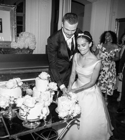 Зои Кравиц обнародовала снимки со своей тайной свадьбы-430x480