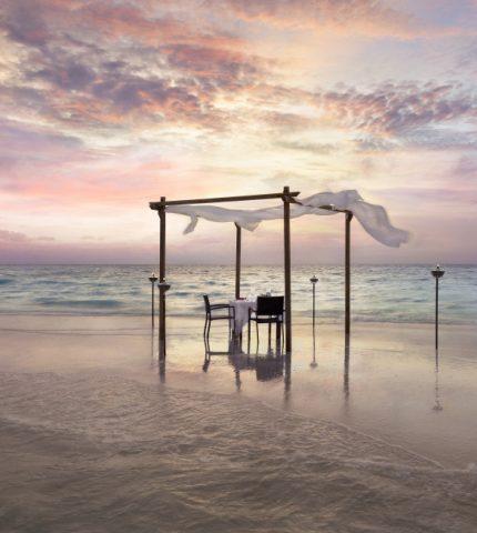 Почему Naladhu Private Island считают лучшим отелем в Индийском океане-430x480
