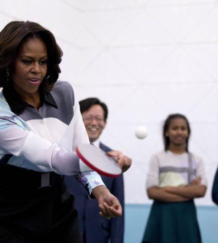 Под какую музыку тренируется Мишель Обама-430x480