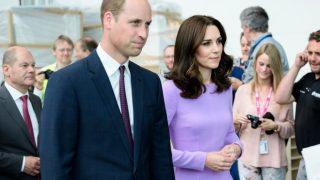 «Я больше никогда не смогу обнять своего брата»: Принц Уильям впервые прокомментировал уход Меган Маркл и принца Гарри-320x180