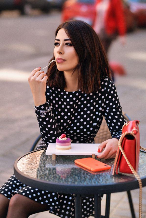 Рамина Эсхакзай: «Да, я обычная девочка. Да, я могу нецензурно выражаться»-Фото 2
