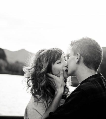 30 малоизвестных фактов о поцелуе-430x480
