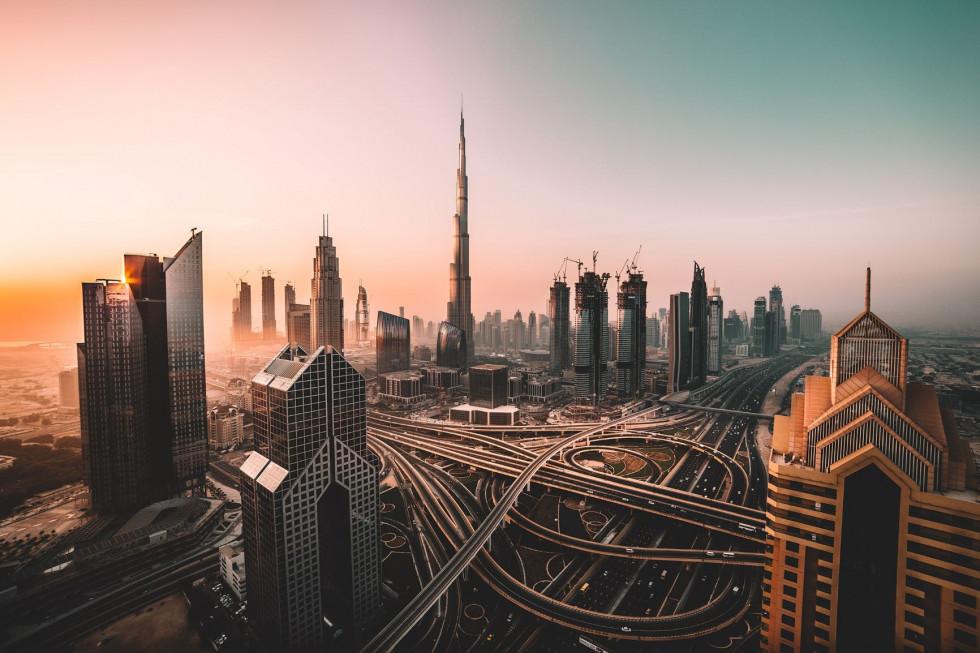 Must visit в Дубае: кинематографический отель, тематические парки и сафари на Land Rover-Фото 1