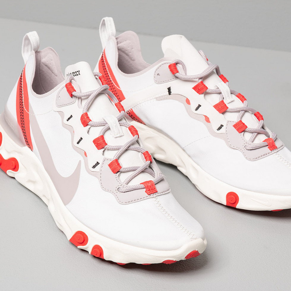 #MCLikes: идеальные кроссовки Nike на весну-Фото 2