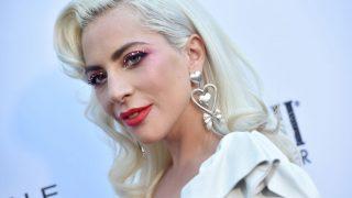Леди Гага подтвердила роман с новым бойфрендом-320x180