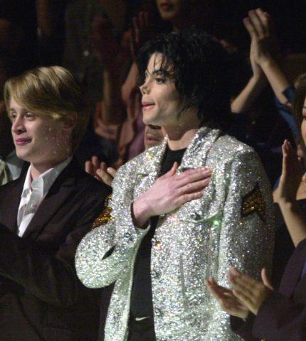 Маколей Калкин рассказал об обвинениях Майкла Джексона в педофилии-430x480