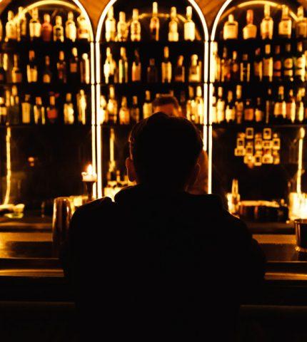 10 лучших баров Киева, где можно провести вечер пятницы (и не только)-430x480