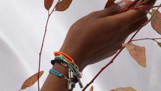 Louis Vuitton выпустил коллекцию браслетов в поддержку детей с трагичной судьбой-320x180