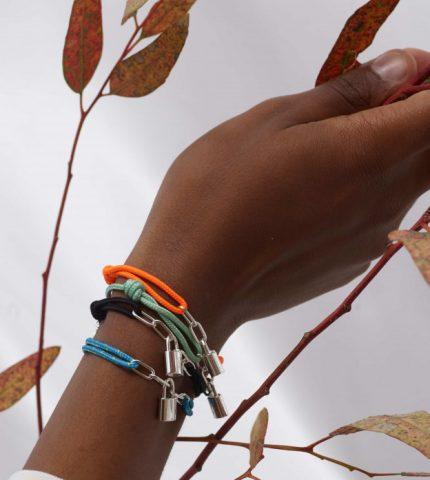 Louis Vuitton выпустил коллекцию браслетов в поддержку детей с трагичной судьбой-430x480