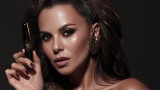 Настя Каменских стала лицом линейки декоративной косметики Power Stay от Avon-320x180