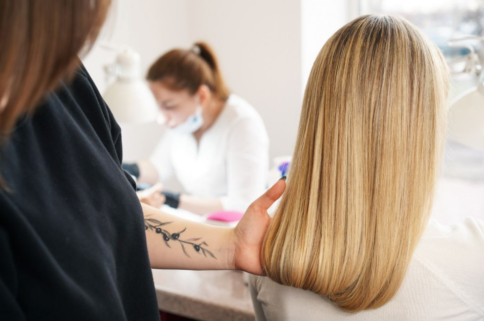 Три салонных процедуры, после которых ваши волосы будут чувствовать себя «живыми»-Фото 3