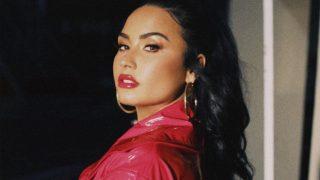 Деми Ловато выпустила жизнеутверждающий клип на песню I Love Me-320x180