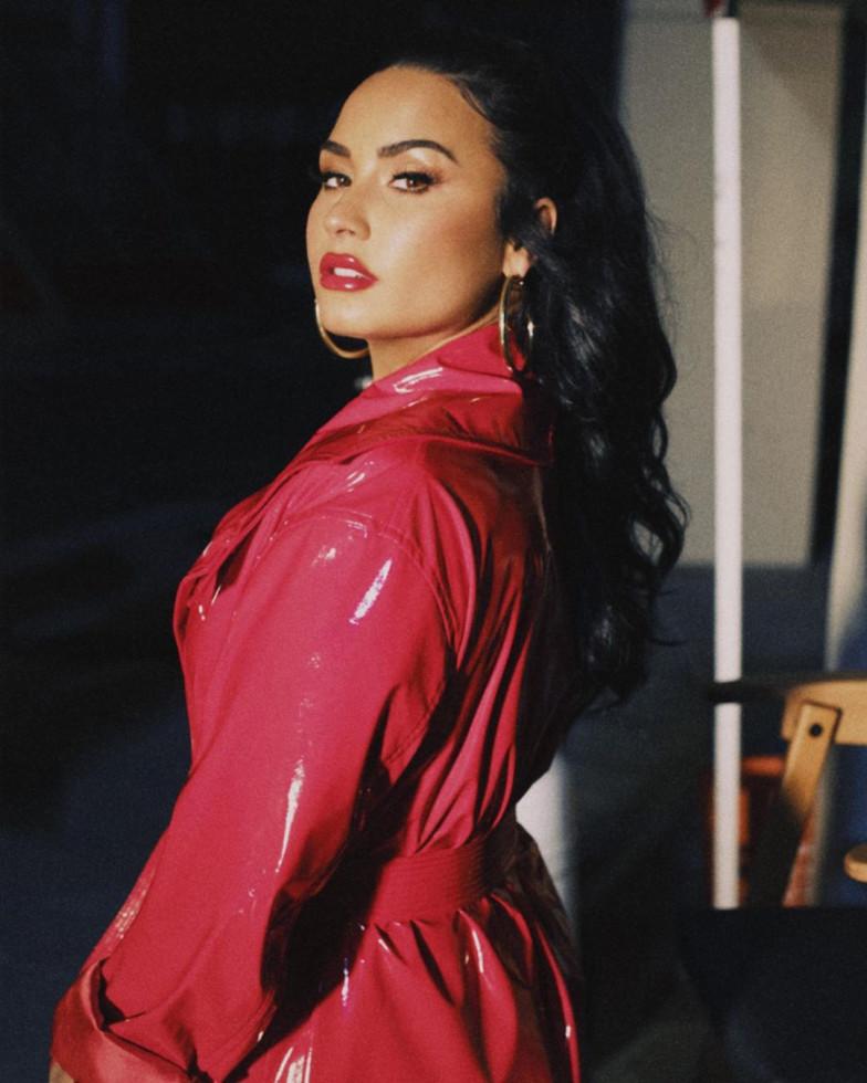 Деми Ловато выпустила жизнеутверждающий клип на песню I Love Me-Фото 1